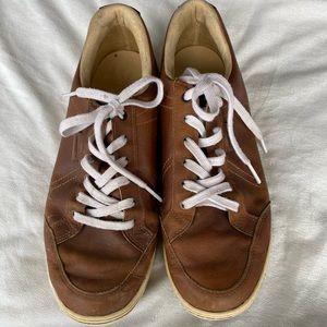 Ashworth men's golf shoes! Size 10.5. Tan. GUC.
